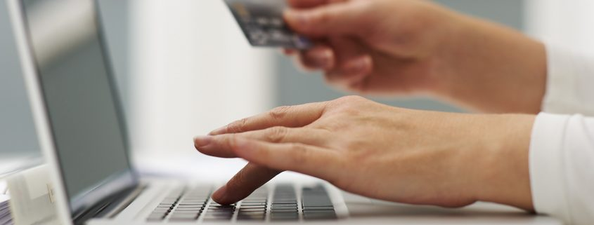 Online shopping postage insurance