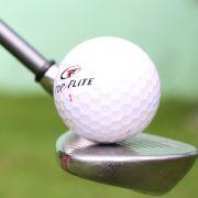 bounce a golf ball on wedge