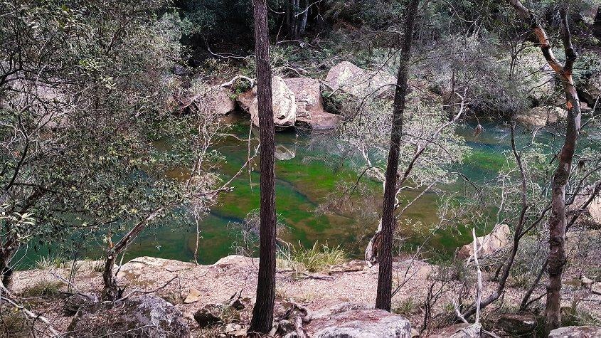 hiking mermaid pools tahmoor